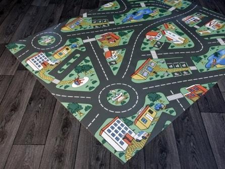 Tappeto gioco in vinile per bambini di Tappetosumisura.it