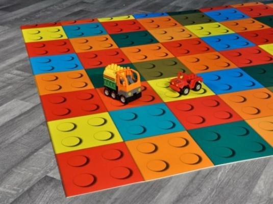 Tappeto gioco in vinile per bambini di di Tappetosumisura.it