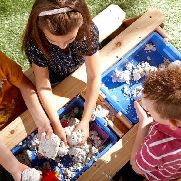I giochi di legno per esterno educano e divertono il bambino