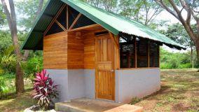 Usi, vantaggi e caratteristiche delle casette in legno da giardino