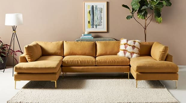 Il color caramello è di tendenza nella casa autunnale, da anthropologie.com