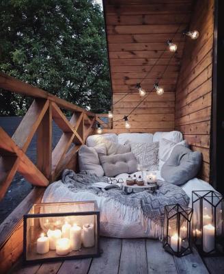 Il balcone in autunno, da reddit.com