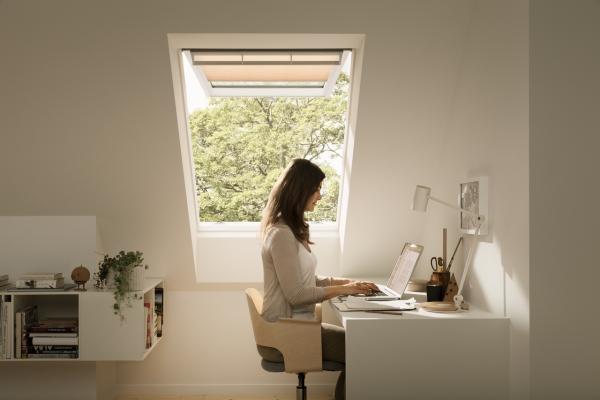 Illuminare una mansarda naturalmente, finestre per tetti a falda, VELUX
