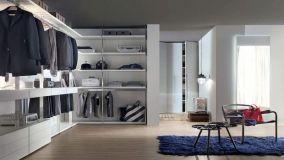 Soluzioni progettuali per realizzare e organizzare una cabina armadio