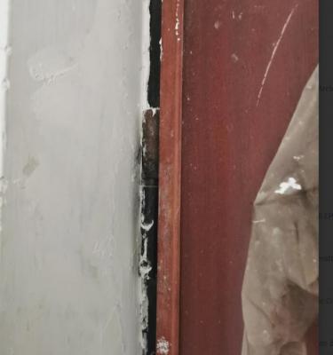 Modifica  porta blindata: particolare cardini