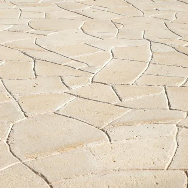 Pavimentazione esterna in pietra di Modica, da Arte Pietra Srl