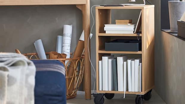 Scaffale piccolo in legno RÅVAROR - Foto by Ikea