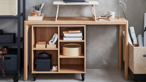 Consolle RÅVAROR come scrivania - Foto by Ikea