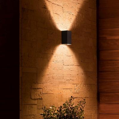 Lampada cambia colore, Philips, modello Resonate