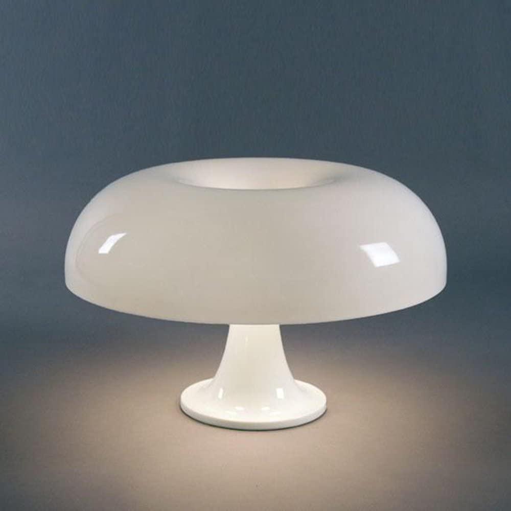 Lampada da comodino, Amazon, modello Artemide