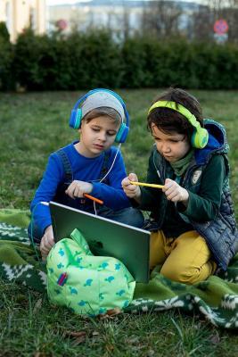 Supporto per Tablet & iPad Planet Buddies su Amazon