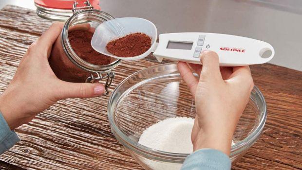 Cucchiaio bilancia: pesare gli alimenti con grande precisione