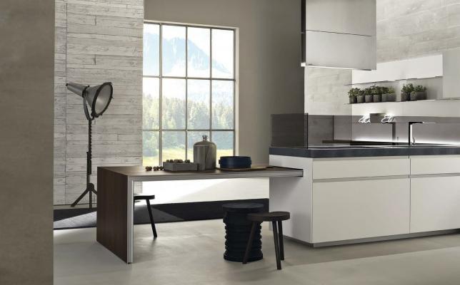 Il bianco in cucina dona eleganza e luminosità agli ambienti