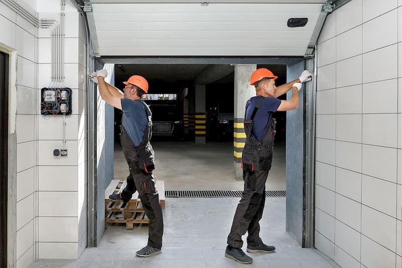Installazione portoni moderni per garage di Sistema Facile