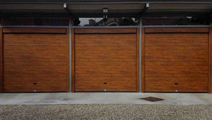 Porte garage effetto legno di Sistema Facile