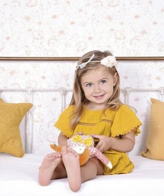 Camera da letto shabby per bambine - Carta da parati floreale Lilipinso