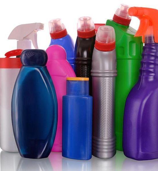 Prodotti detergenti da impiegare con le dovute precauzioni