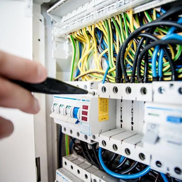 Controllo efficienza sistemi salvavita