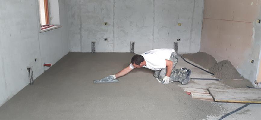 Stesura massetto tradizionale in cantiere - Impresa Pulisud CB