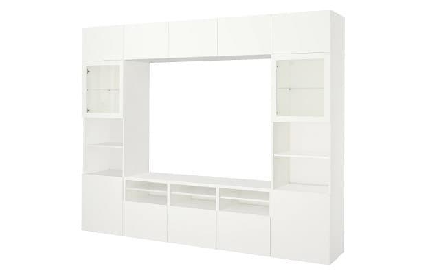 Salotto moderno parete Besta di Ikea