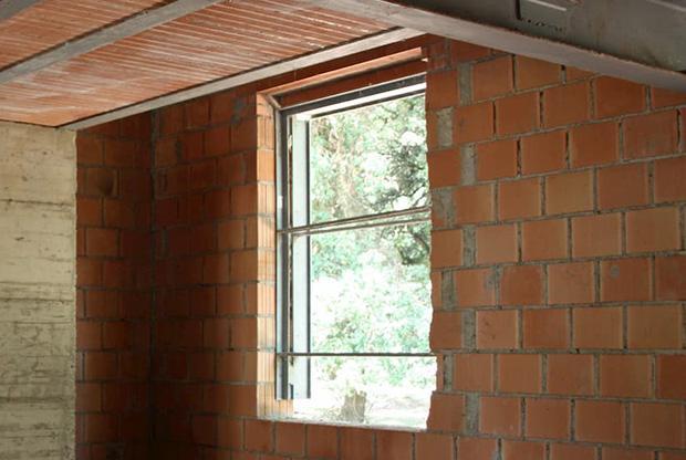 Cassamatta in profilati metallici per una finestra