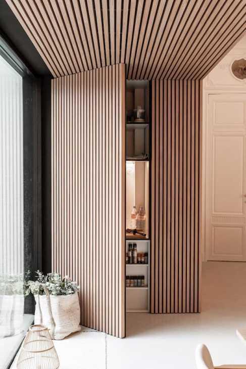 Wall decorations - credits Maestro design