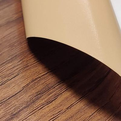 Rivestimento effetto legno di Dekoidea.com