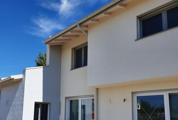 Casa moderna costruita a platform frame, by Sistem Costruzioni
