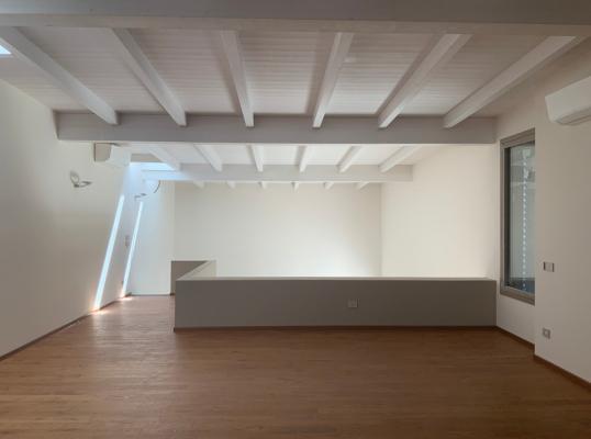 Casa moderna costruita con il sistema platform frame, by Sistem Costruzioni