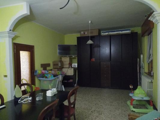 Zona pranzo soggiorno prima della ristrutturazione