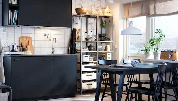 Idee salvaspazio per arredare una cucina piccola ma funzionale