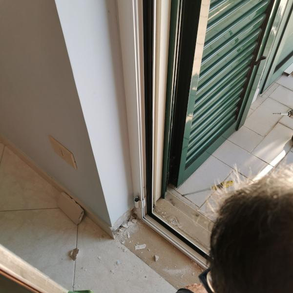 Replacement of window frames and skirting board problem