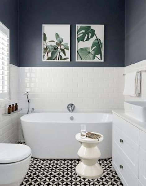 Quadri a soggetto naturale in bagno - Credits Pinterest