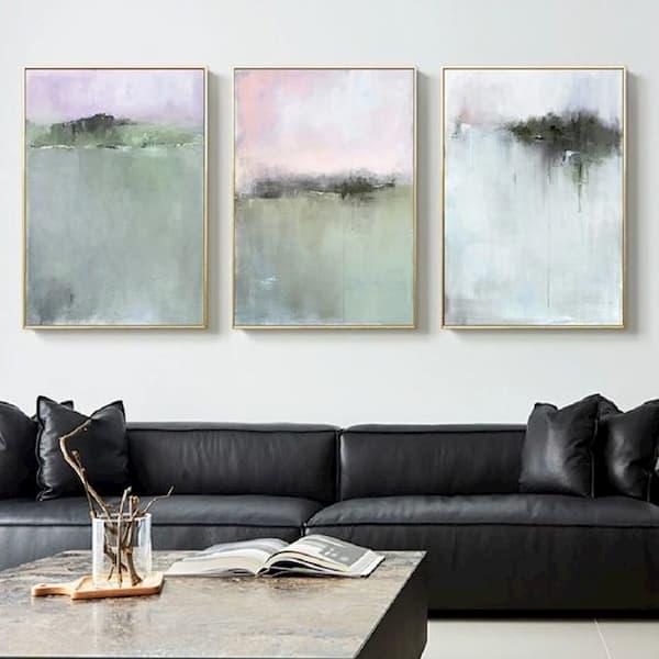 Trittico di quadri in salotto - Credits Pinterest