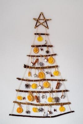 Albero di Natale minimalista fai da te