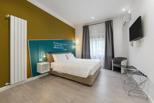 Camera da letto dopo la ristrutturazione by arch. Felicetti