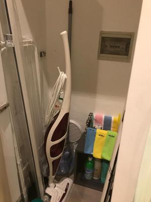 Ambiente bagno in un miniappartamento