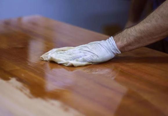 Sempre meglio utilizzare guanti protettivi