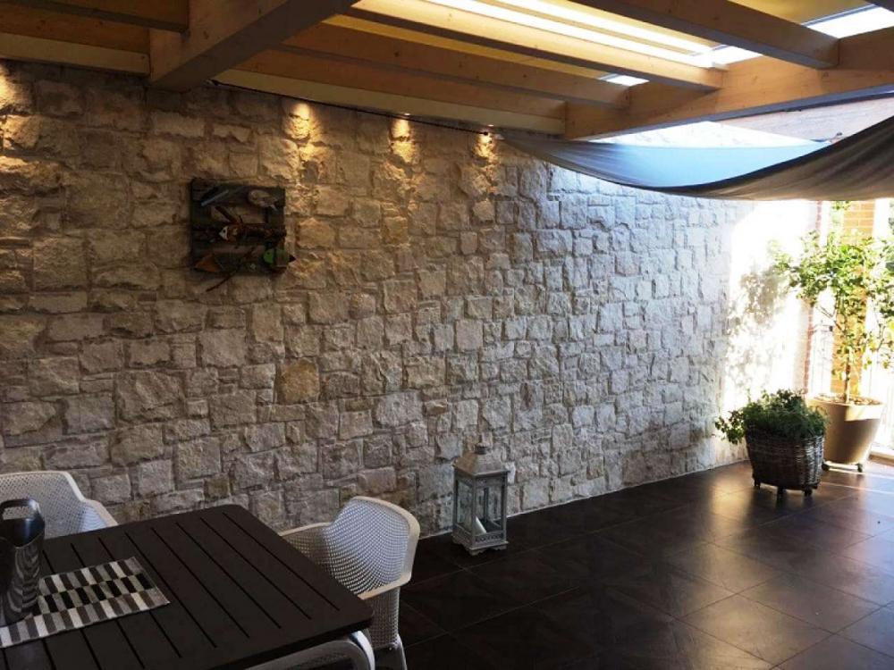 Rivestimento in pietra parete terrazza - Pellizzari