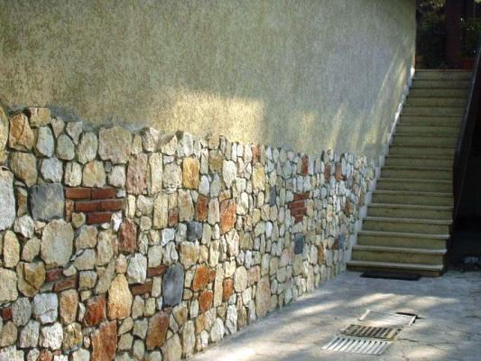 Rivestimento in pietra parete esterna - Pellizzari