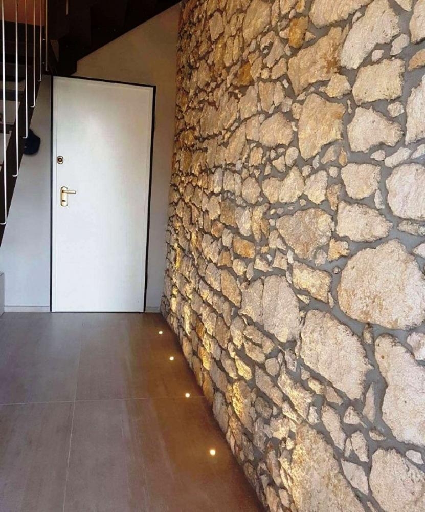 Rivestimento in pietra parete interna - Pellizzari