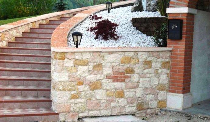 Rivestimenti in pietra esterni - Pellizzari