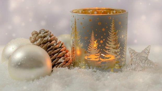 Candele natalizie per creare meravigliose atmosfere profumate