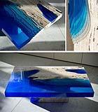 Tavolo Lagoon di Alexander Chapelin in resina e travertino, foto credits by Pinterest