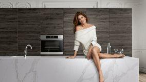 Dekton e Okite: confronto tra i due materiali per piani cucina