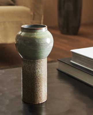 Vaso di design da scrivania in contrasto di forme, by ZaraHome