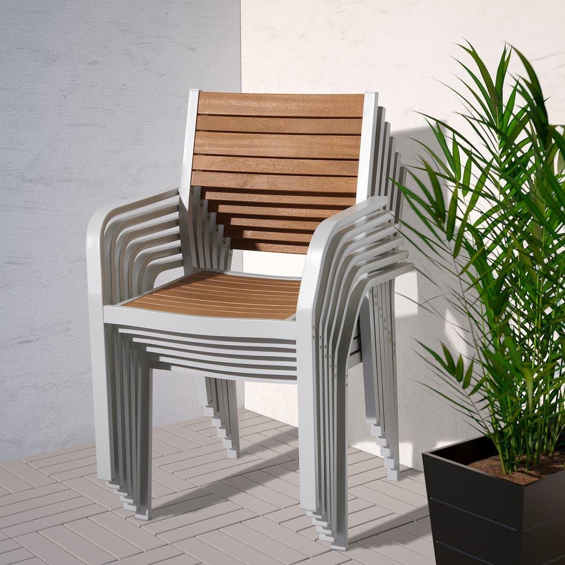Sedie impilabili Själland marrone chiaro - Foto by Ikea