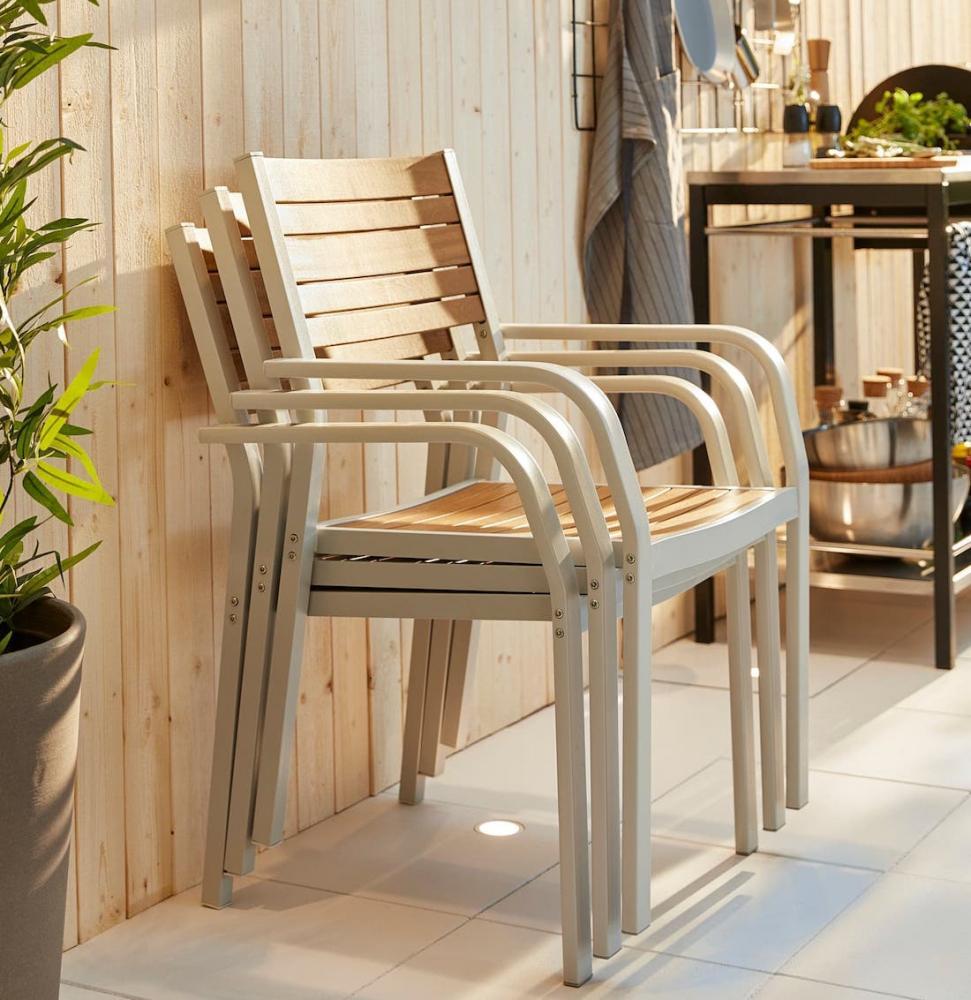Set di tre sedie impilabili Själland marrone chiaro - Foto by Ikea