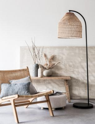 Piantana in metallo e rattan - Foto by Maisons du Monde