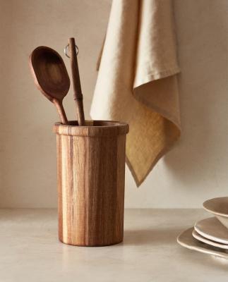 Barattolo in legno - Foto by Zara Home